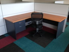 Axis 18  90 Degree Workstation With Truncated Corner