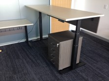 Ecotech Top, Motion Electric Desk Frame. Optional Modesty Panel. Tops MM1 Or MM2 Colours