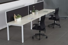 Rapidline Infinity Single Sided Workstation. Profile Leg With Screens