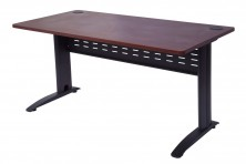 VDKMB1875 Rapid Manager Open Workstation. 1800 X 750. Black Metal Span Legs With Metal Perforated Modesty Panel